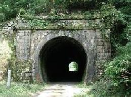 石屋川トンネル